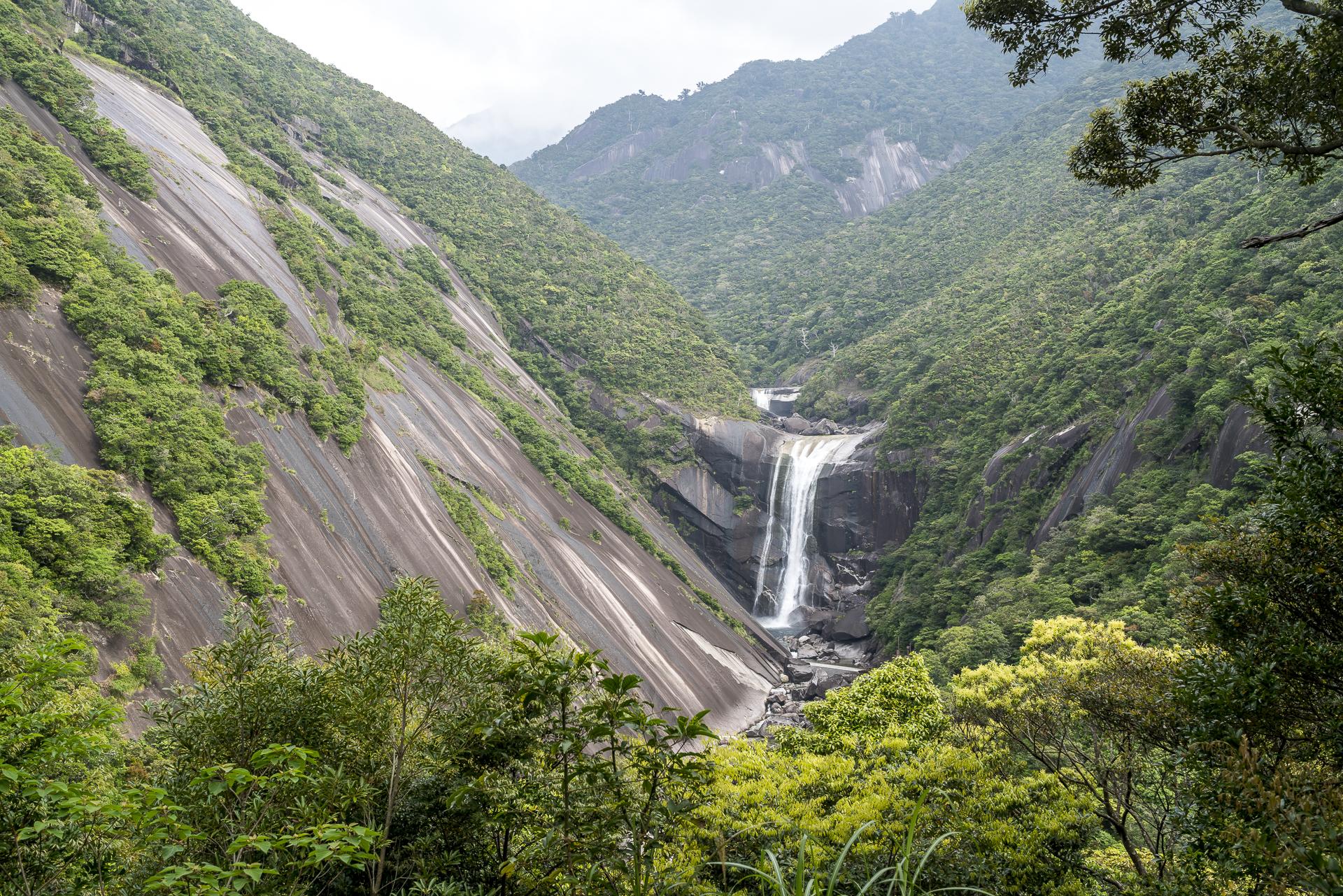 Senpiro no Taki Waterfall