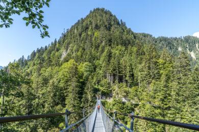 Hängebrücke Leiternweide: kurzweilige Wanderung im Simmental