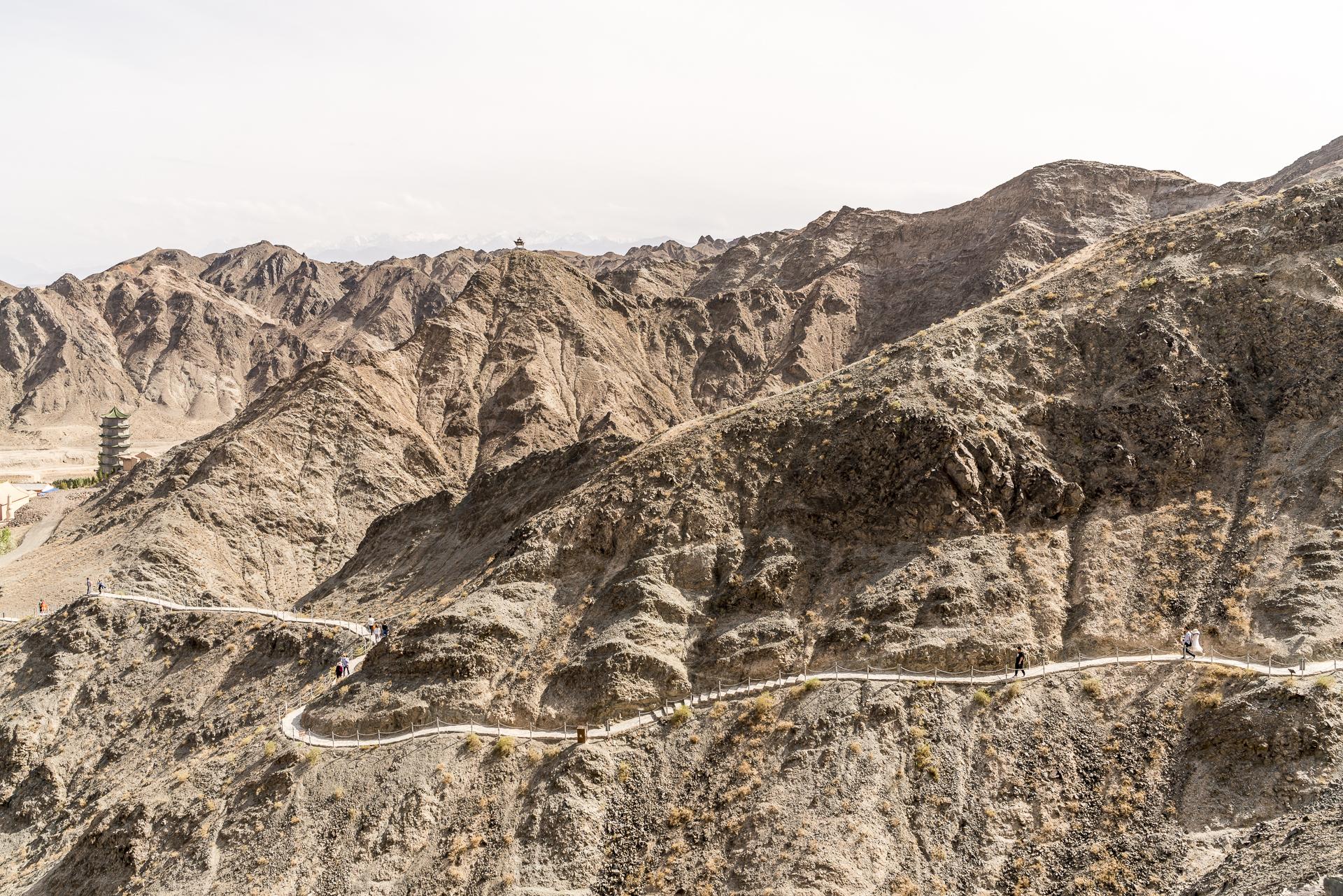 Karge Landschaft in Jiayuhuan
