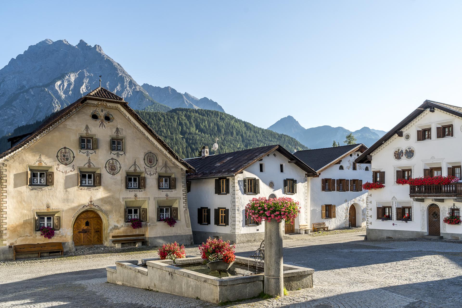 Dorfbrunnen von Scuol