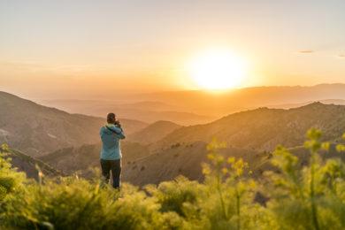 Sonnenuntergang bei Trekking in Usbekistan