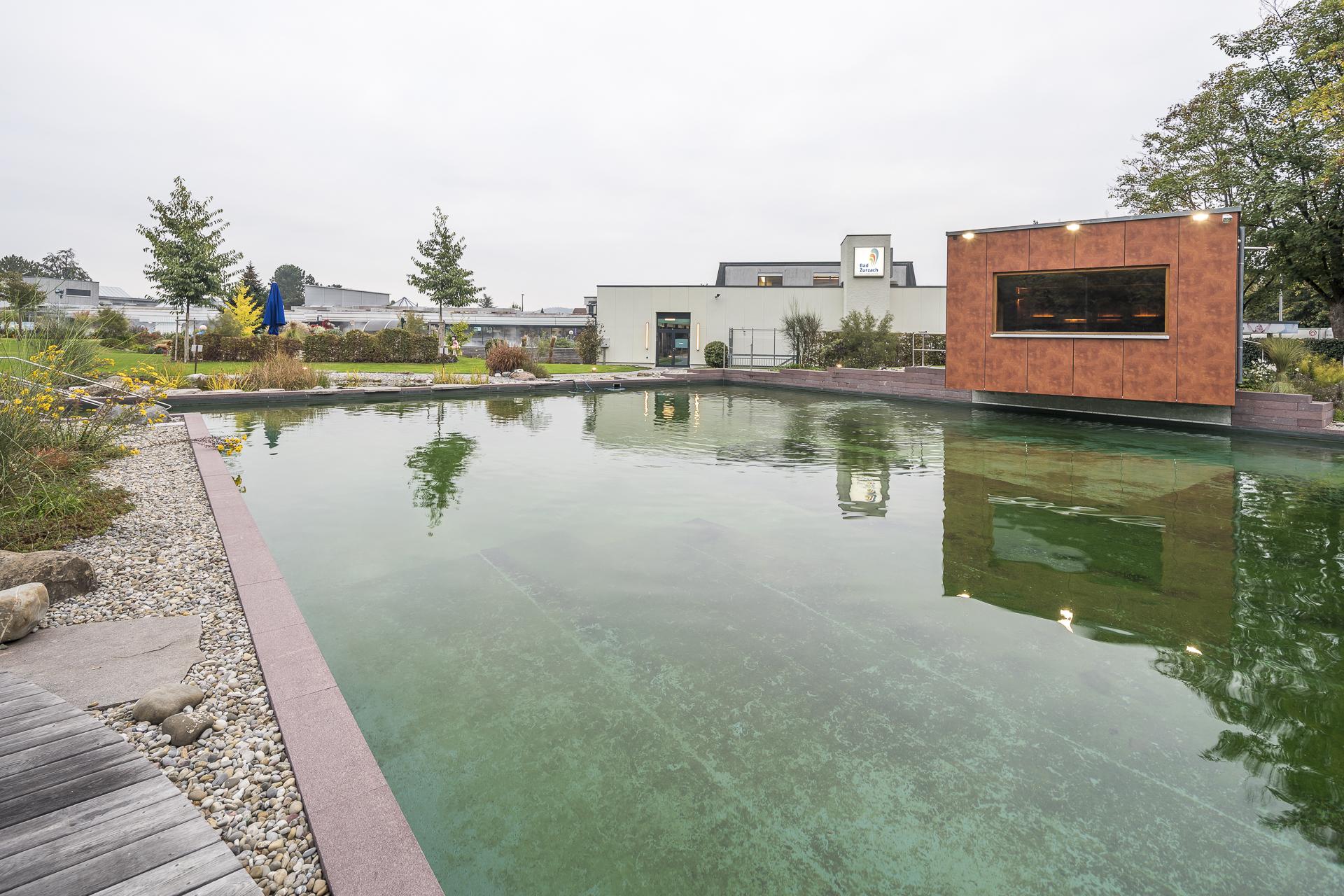 Bad Zurzach Naturschwimmbecken Aussen