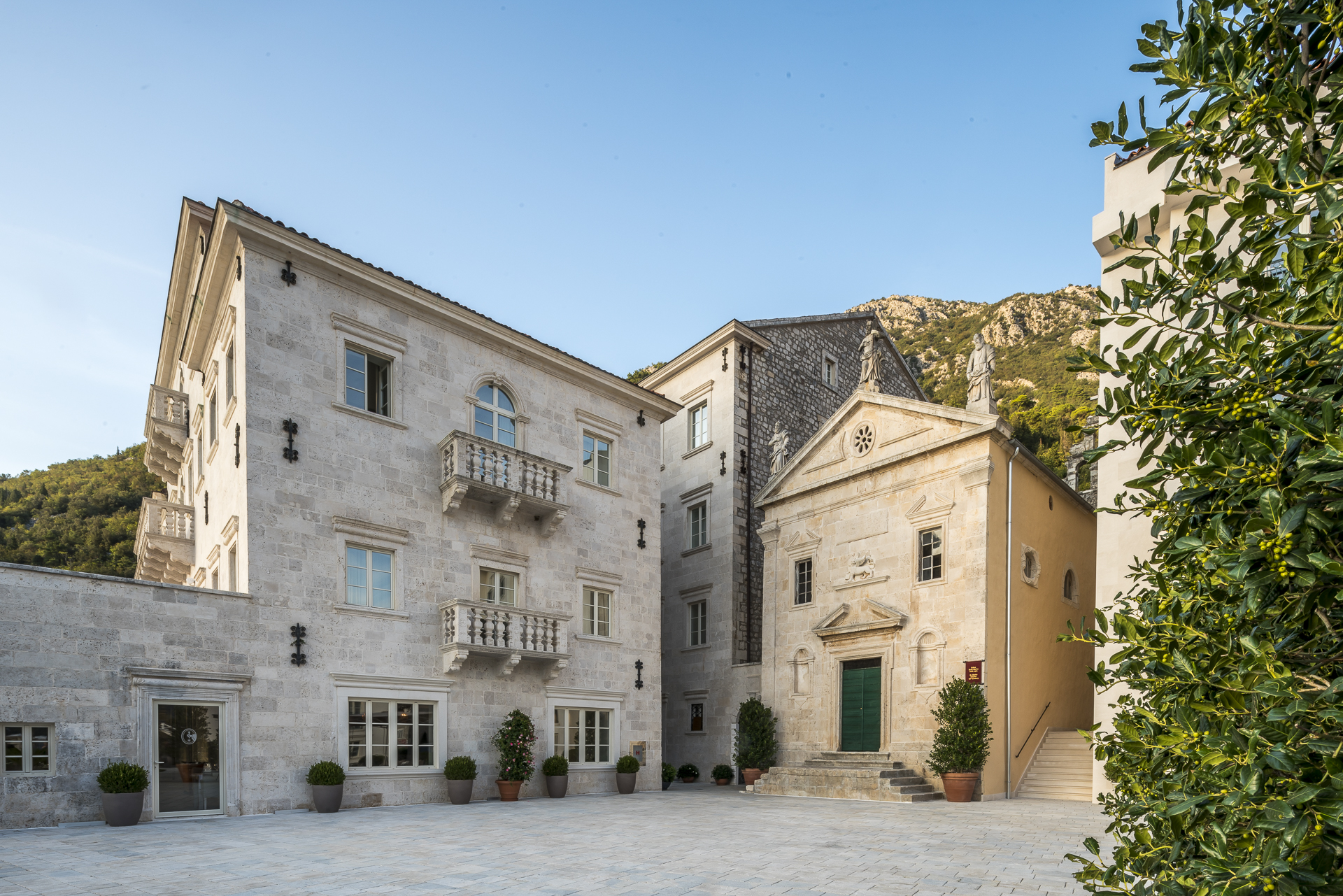 Hotel Iberostar Grand Perast