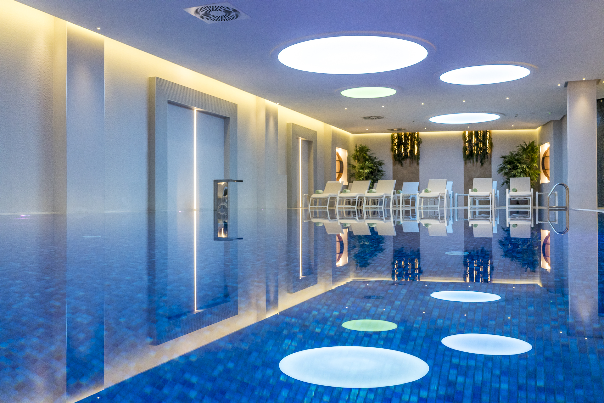Pool Hotel Perast