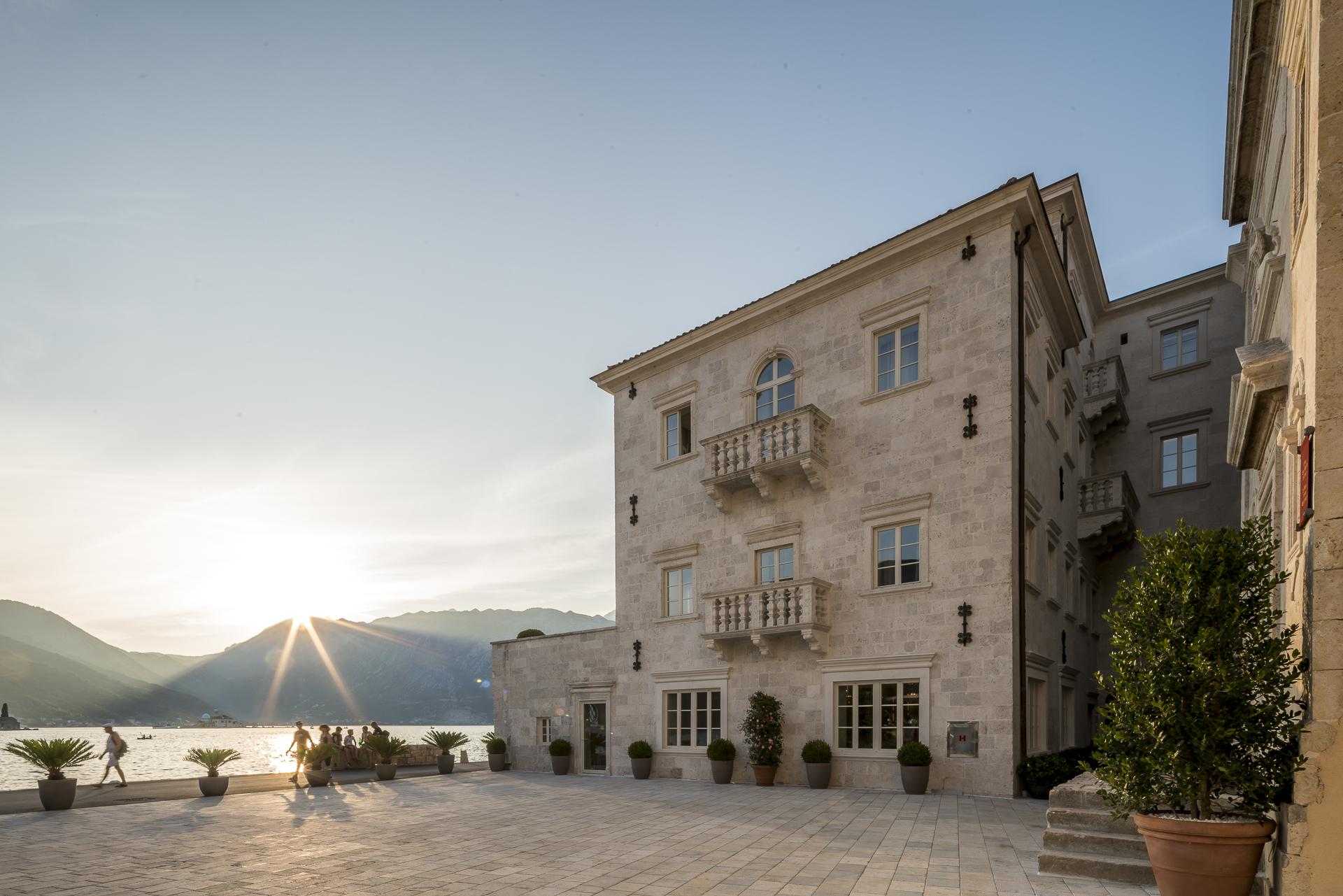 Sonnenuntergang Hotel Perast