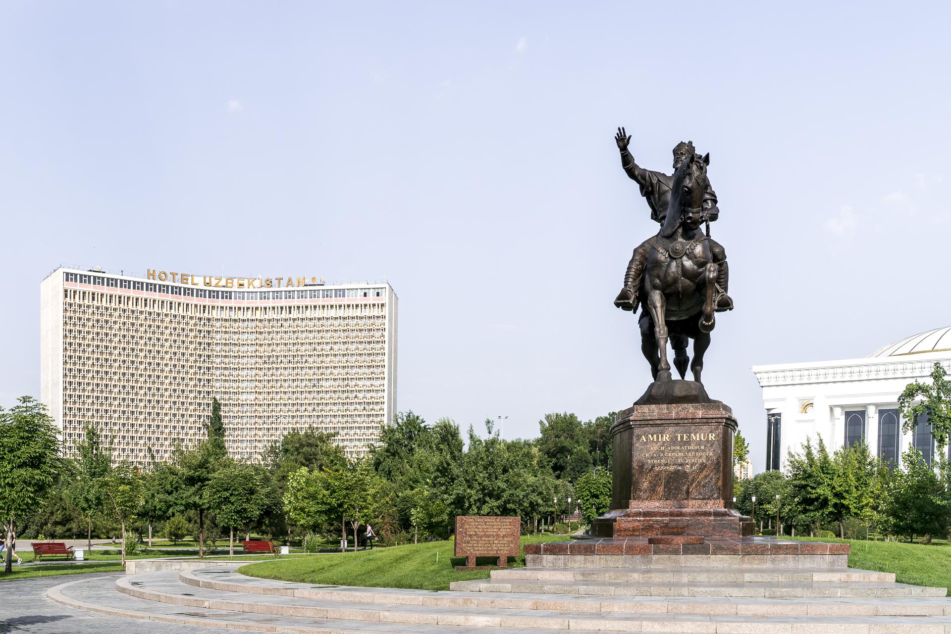 Amir Timur Platz Tashkent