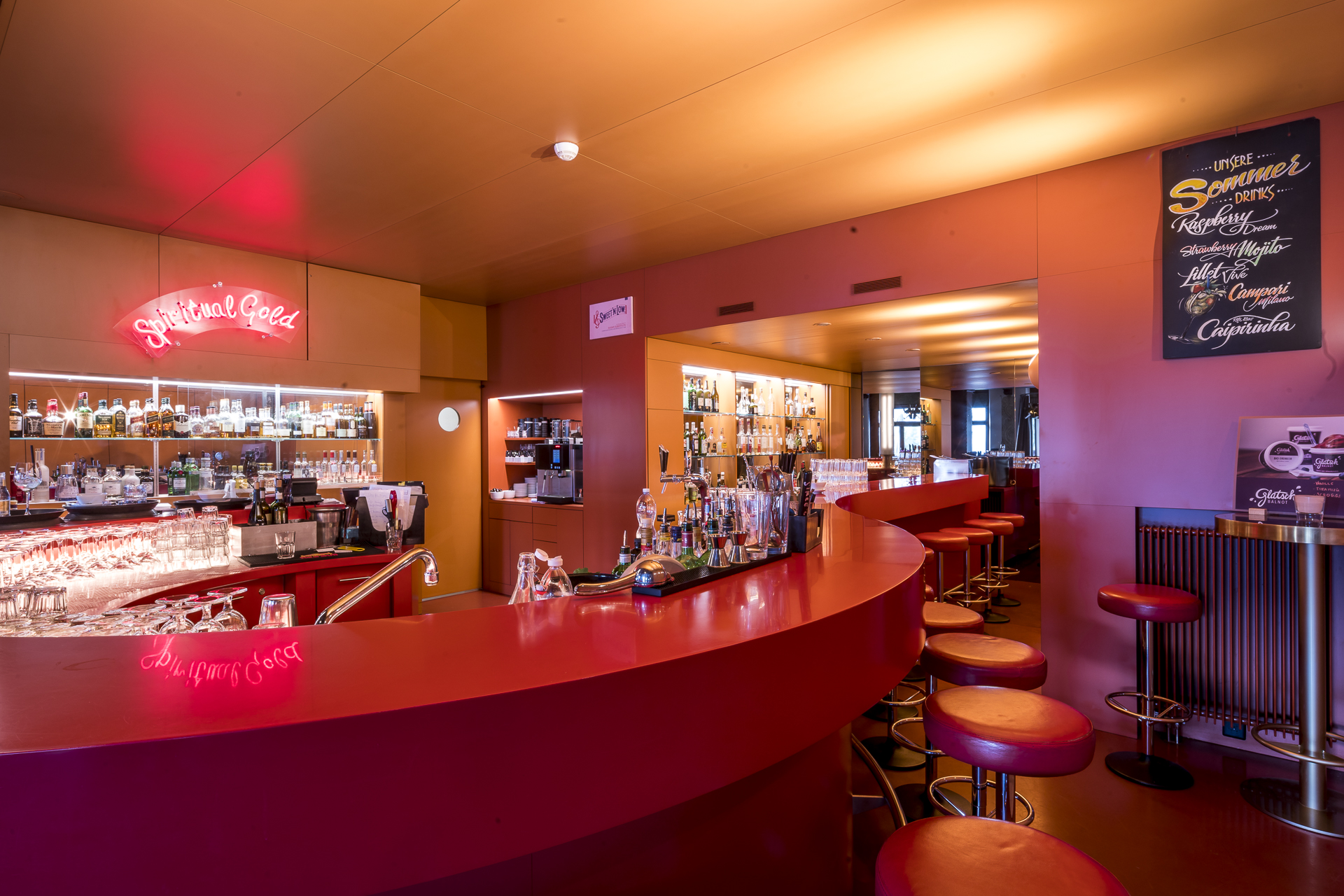 Rote Bar Castell Zuoz