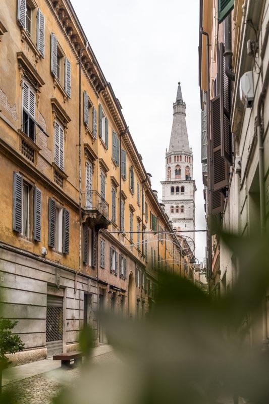 Modena Ghirlandiaturm