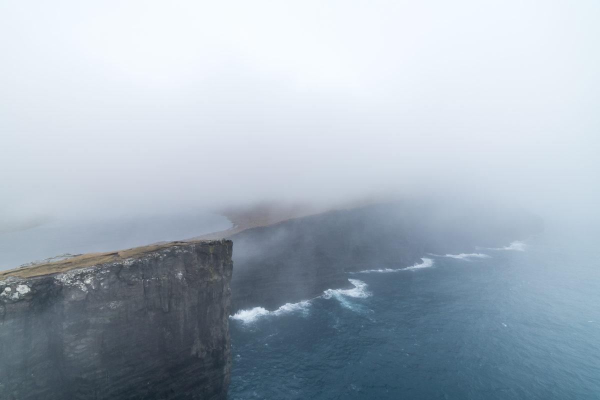 Midvagur Nebel