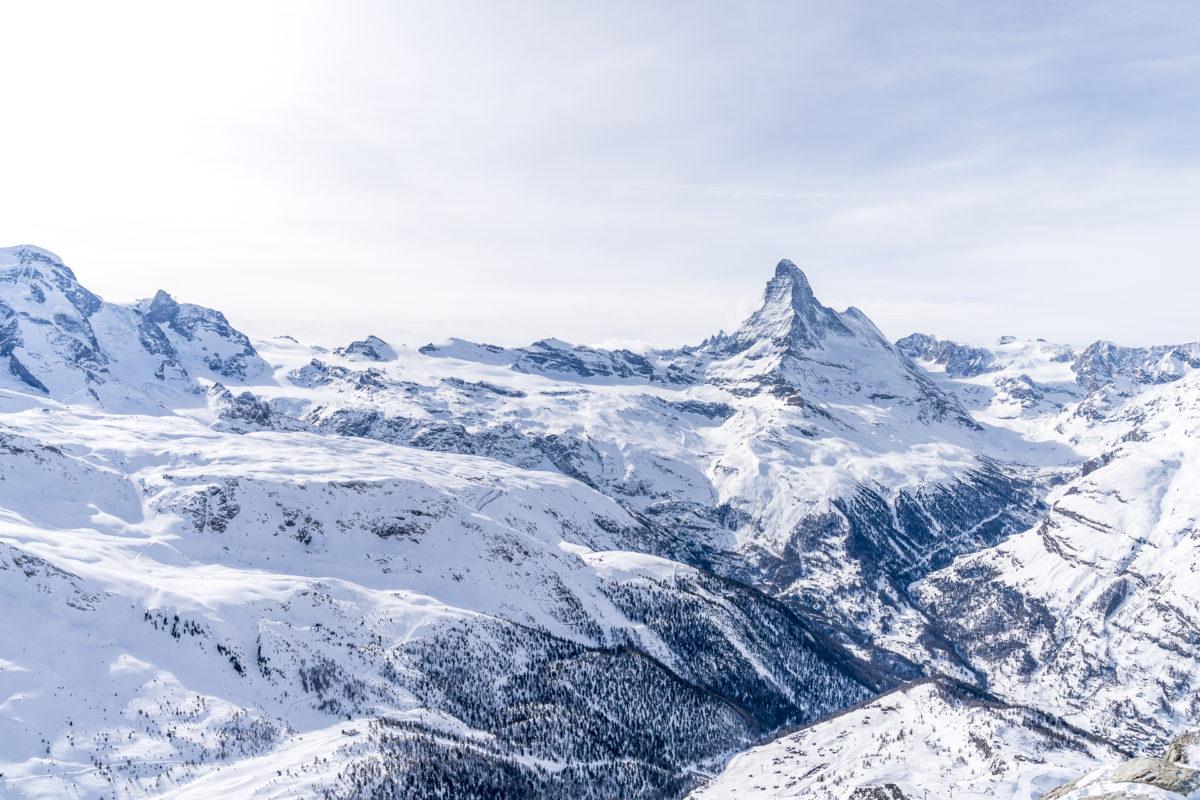 Rothorn Ausblick Richtung Matterhorn