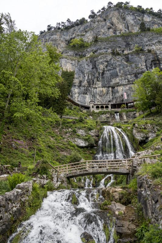 Beatushöhle Eingang Thunersee