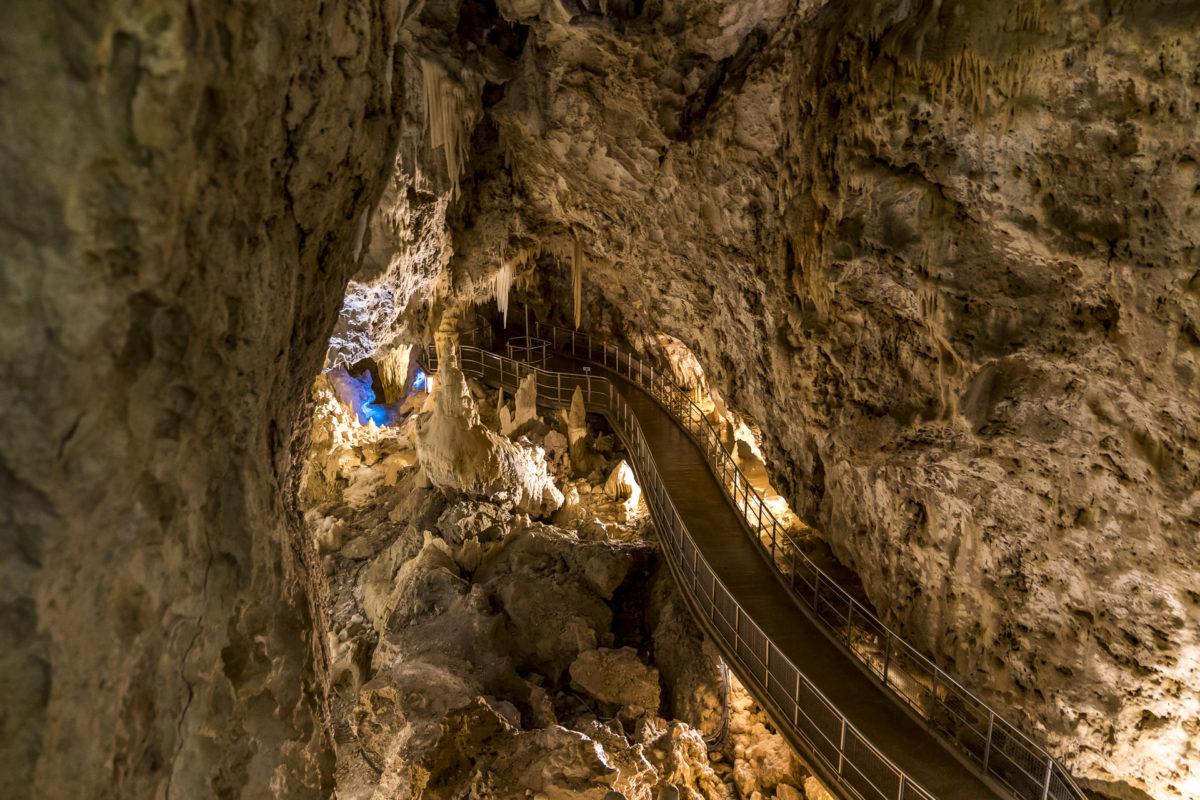 Besichtigung der Höhlen von Frassasi