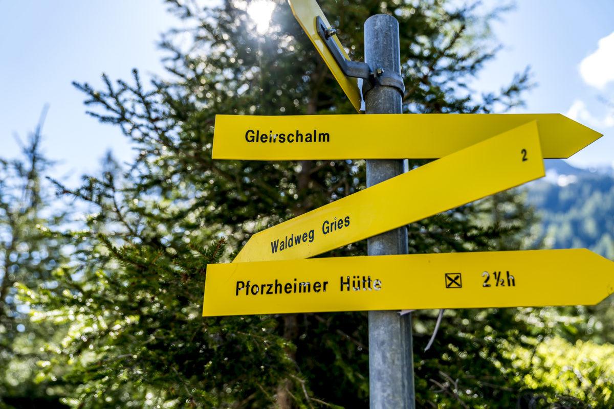 Waldweg Gries