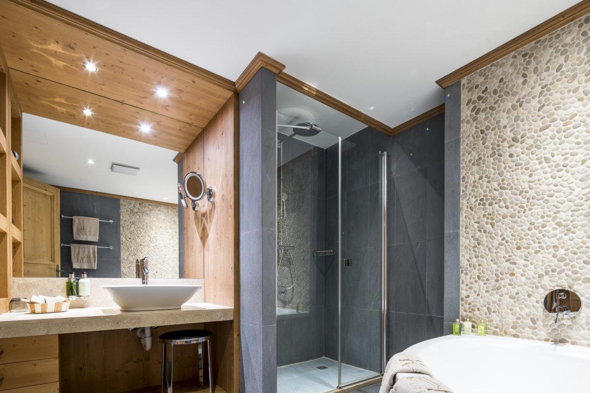 Badezimmer Chalet Royalp
