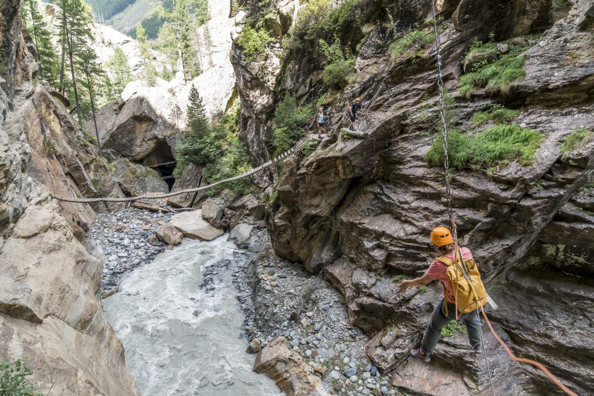 Saas Fee Gorge Alpine Tyrolienne
