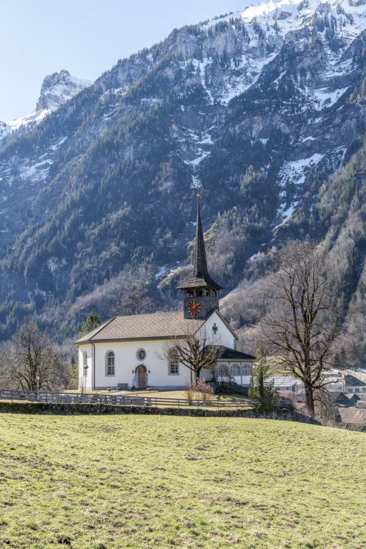 Kirche Kandergrund