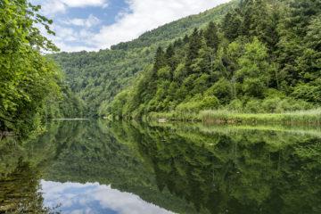 Hike & Dine in Le Noirmont: von den Freibergen zum Doubs und retour