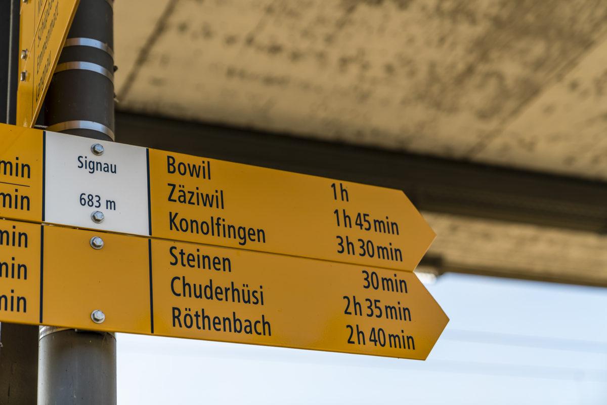 Wanderwegzeichen Signau