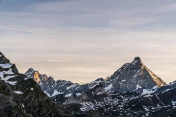 Hüttenwandern im Aostatal: 2 Gipfelhighlights am Alta Via 1