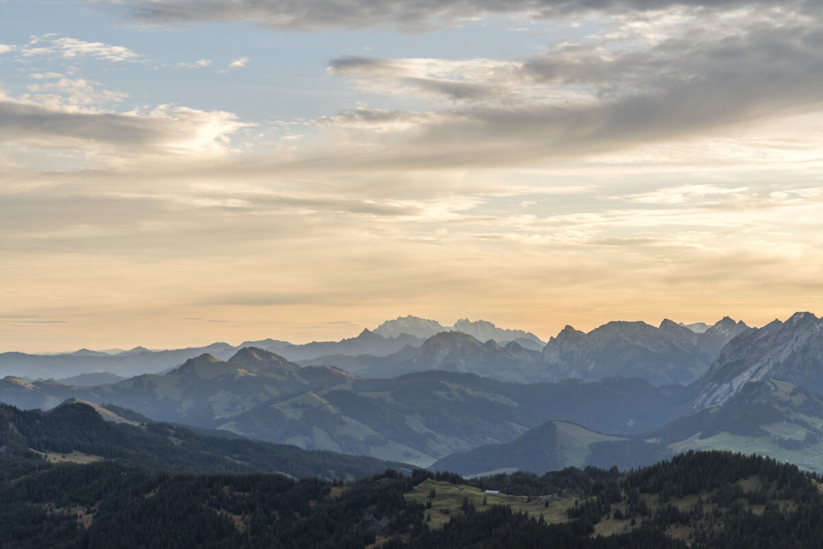 Panorama Mythen Sonnenaufgang