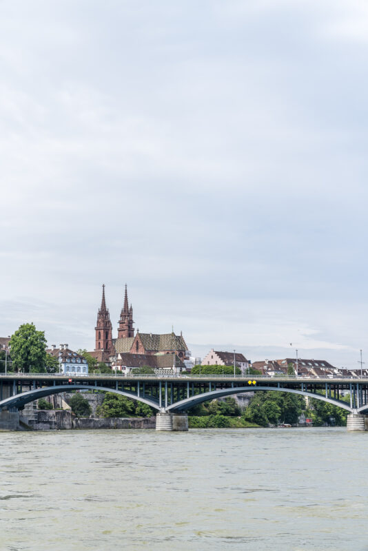 Basel Rhein Kathedrale