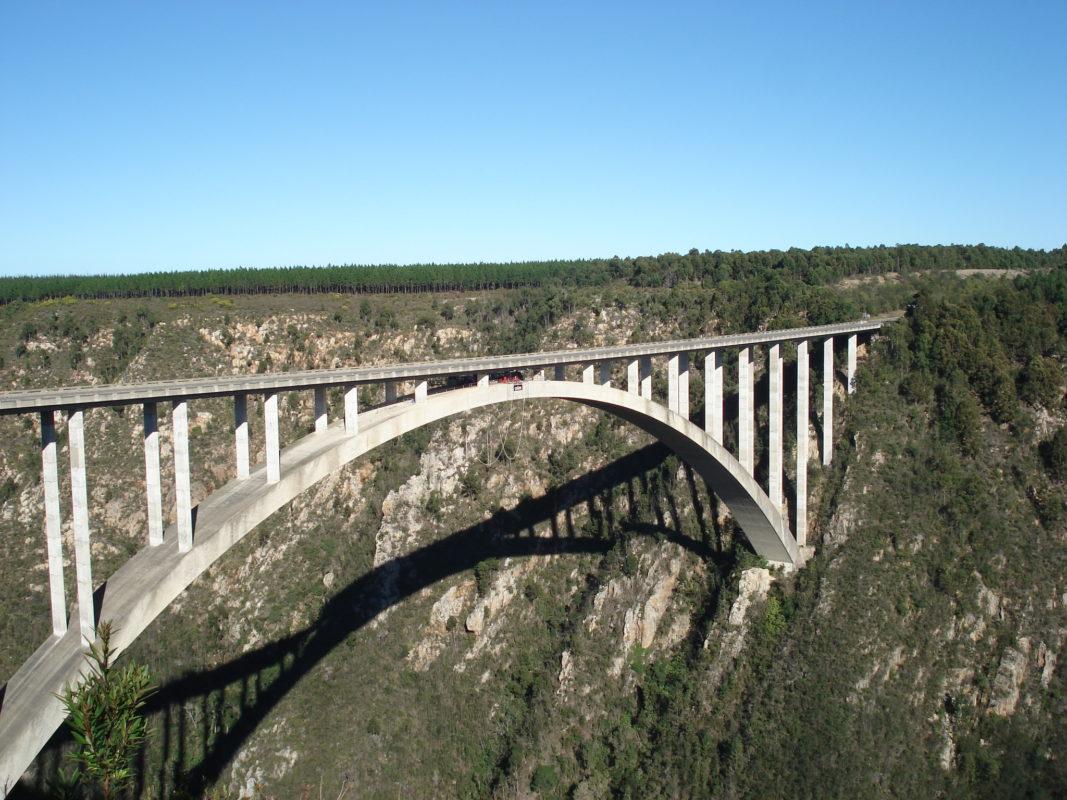 Bungee Sprung von der Bloukrans Bridge